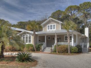 The Heron Cottage near Village, Park and Pier, Saint Simons Island