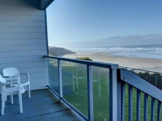 Nye Sands Condo for Two ~ RA5933, Newport