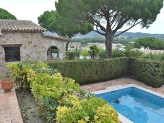Villa Rosello, 10 persons, with pool and seaview, Sant Antoni de Calonge