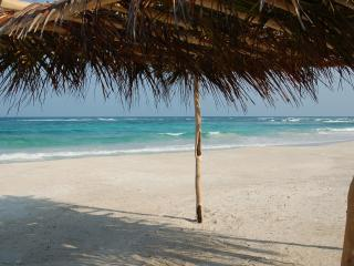 Mahahual - La Casona on the beach