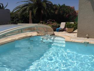 luxueuse villa avec piscine,160m2,3 ch,3 sde,wifi, Canet-en-Roussillon