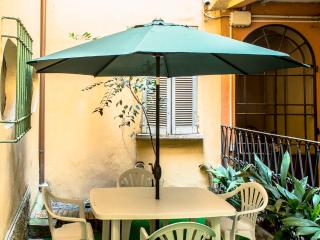 Bellissimo Open Space con giardino/cortile privato, Bologna