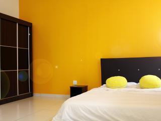 Macaroon Homestay, Legoland Bkt Indah, Johor Bahru