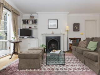 onefinestay - Palace Gate III private home, London