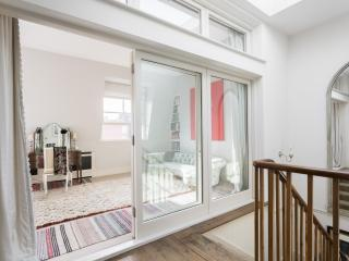 onefinestay - Pembridge Crescent IV apartment, London