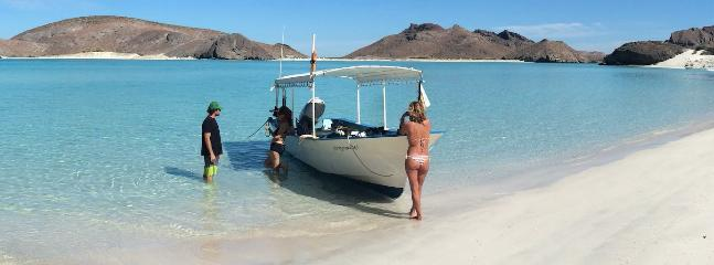 Beach by La Paz, sea of cortez side, one hour drive from Todos santos