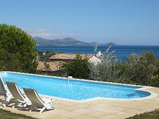 4 bedroom Villa in Les Issambres, Cote D Azur, France: ref 2008304, Saint-Aygulf