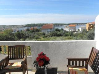 Spacious two bedroom apartment Jasko 2, Rab Island