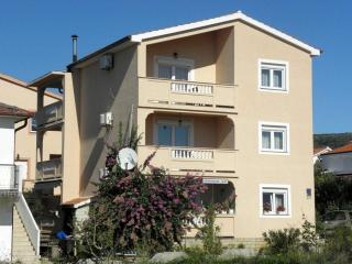 Spacious three bedroom apartment Jasko 1, Rab Island