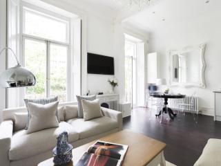 onefinestay - Porchester Square III private home, London