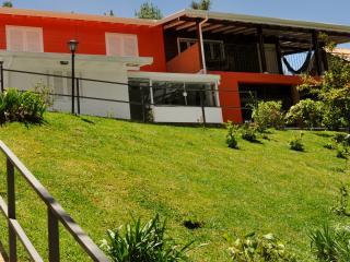 casa charmosa e aconchegante bairro de alto Padrao, Campos Do Jordao