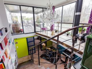 Houseboat on the Seine, Levallois-Perret