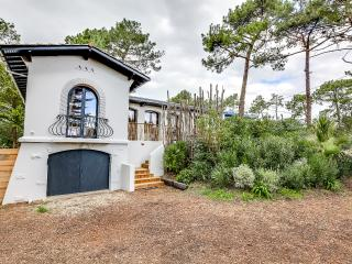 Pretty villa in the heart of Cap Ferret, Cenac-et-Saint-Julien