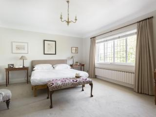 onefinestay - Priory Lane apartment, London