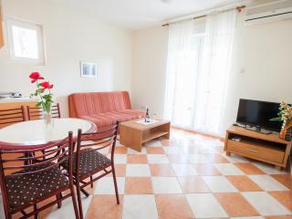 Apartments M - Comfort One-Bedroom Apartment with Partial Sea View 3, Petrovac