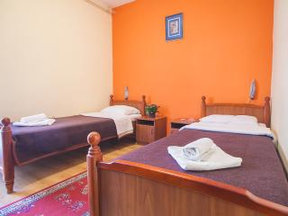 Guest House Mali Milocer- Twin Room with Balcony 110, Przno