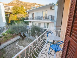 Guest House Mali Milocer- Twin Room with Balcony 110