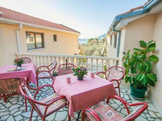 Guest House Mali Milocer - Double Room 108 (2+1)