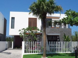 Montgomerie links three bedroom villa, Da Nang