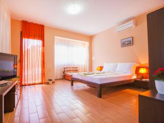 Accommodation Elite Azur- Studio (2adl+1chd) with French Balcony 3