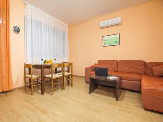 Accommodation Elite Azur- Apartment with two rooms and balcony 9