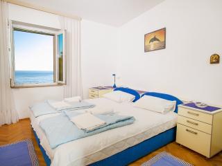 Apartments Adria - One Bedroom Apartment  3, Petrovac