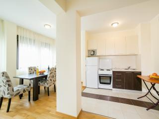 Apartments Bel&Rus Sea - Two Bedroom Apartment with Balcony 2, Rafailovici