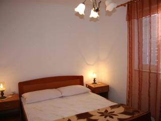 Apartments Longo-One Bedroom Apartment(A3), Supetar