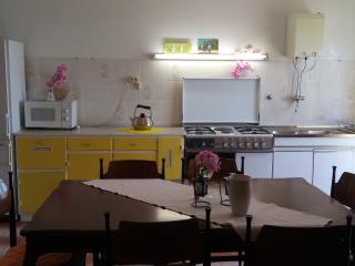 Apartment Tamara- Three Bedroom Apartment with Balcony, Lokva Rogoznica
