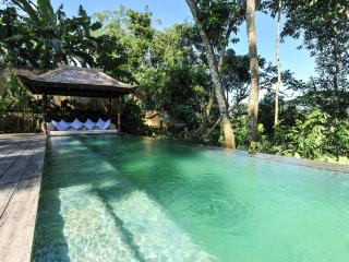 ☆ Jungle Hideaway with Majestic Views ☆, Peliatan