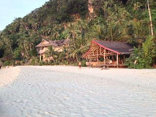 White BeachFront  and Cottages, Bungalow 1, Boracay