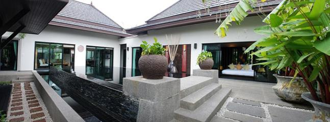 SUR529 Elegant Pool Villas Walking Distance to Surin and Bangtao Beach, Sam Chai