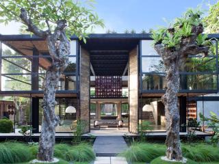 ☆ Dharma Gumi Villa - Breathtaking Design Villa - Seminyak ☆