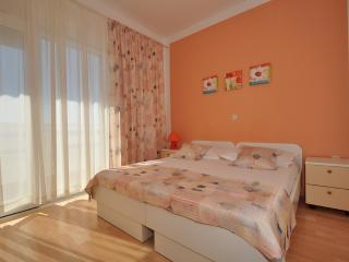 TH03490 Apartments Anastazija / Two bedrooms A2, Dugi Rat