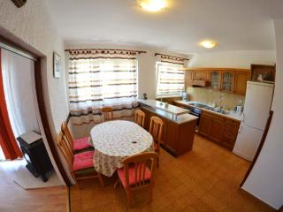 TH02846 Apartments Marijana / Two Bedrooms A1, Rab Island