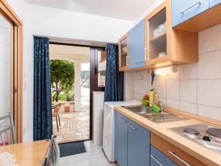 TH01921 Apartments Marija / Studio A1, Vinisce