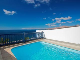 Villa with stunning views, Private Pool, Air Con and WiFi  LVC198557