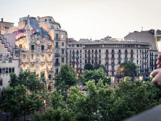 THE FORTY SIX. LUXURY APARTMENT  PASSEIG DE GRACIA, Barcelona