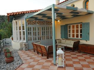 Aeolos villa, Ormos Koumeikon