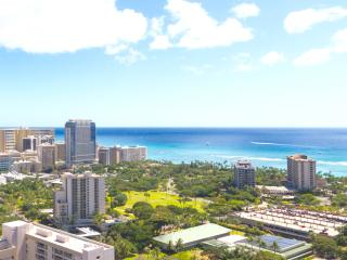 2 Bedroom PentHouse w/Ocean View, Honolulu