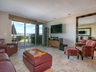 Gorgeous House with 2 BR/2 BA in San Diego (3958 Bayside Walk #2)