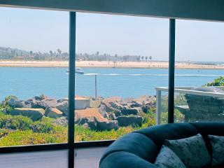 2595 Oceanfront Walk #3, San Diego