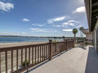 3434 Crown Point Drive, San Diego