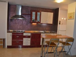 BEAUTIFUL APARTMENT WITH 3 BEDROOMS, Sant Just Desvern