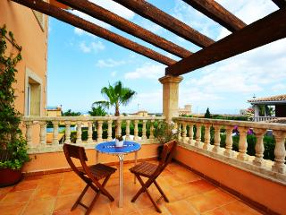 Comfortable villa for 12 people, with private pool in Sa Torre