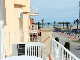 Appartement vue mer Empuriabrava. G.Reserva. 2-6