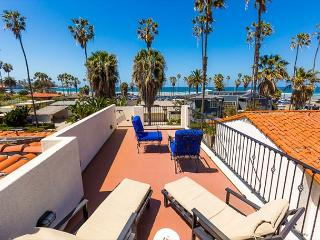 Steps to Beach, Spanish Hacienda w/ Ocean View Rooftop Deck