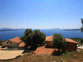Villas Balcony, 2 swimming pools, calm and sea to infinity., Sivota