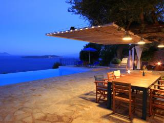 Villa Coquili: .The unique and unforgettable view, Sivota