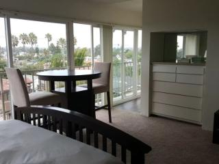 BEAUTIFULLY FURNISHED MARINA DEL REY STUDIO, Marina del Rey
